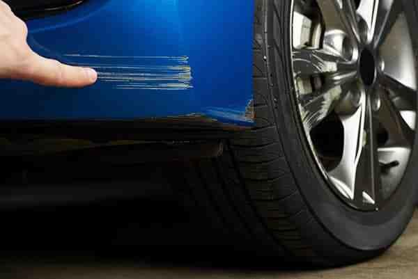 Comment faire des retouches de peinture sur une voiture ?