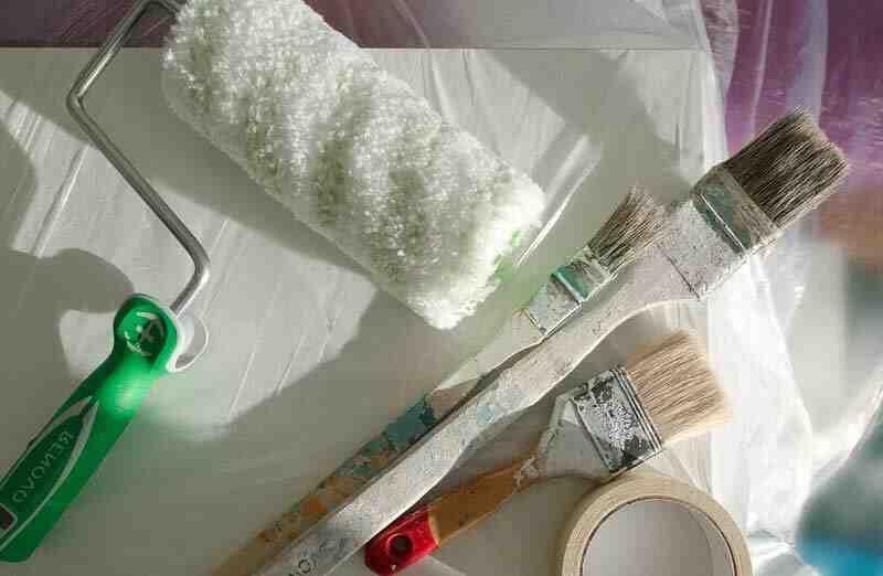 Quelle peinture pour peindre des pots en plastique ?
